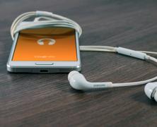 Jak poslouchat na Androidu?